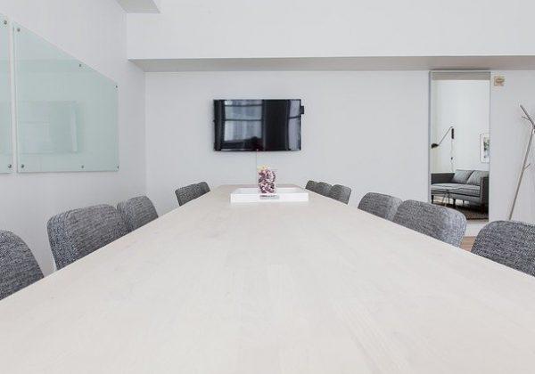 עיצוב משרדים – התאורה התדמית וכל מה שביניהם